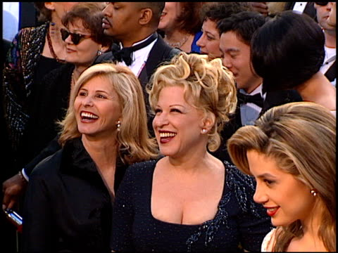 bette midler at the 1997 academy awards arrivals at the shrine auditorium in los angeles california on march 24 1997 - 69th annual academy awards stock videos & royalty-free footage