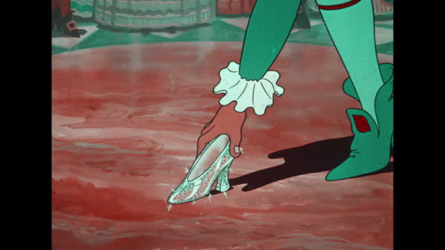 Betty Boop loses a shoe as she escapes from the palace as the clock strikes
