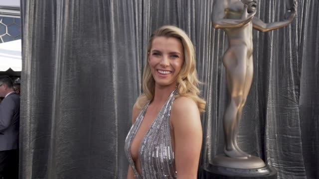 betty gilpin at the 25th annual screen actors guild awards social ready content at the shrine auditorium on january 27 2019 in los angeles california - screen actors guild awards stock videos & royalty-free footage