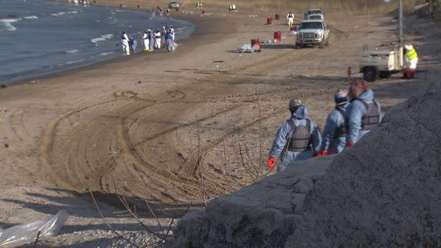stockvideo's en b-roll-footage met between nine and 18 barrels of crude oil spilled into lake michigan after a malfunction at a bp refinery on march 25 2014 in whiting indiana the oil... - mileubeschermingorganisatie