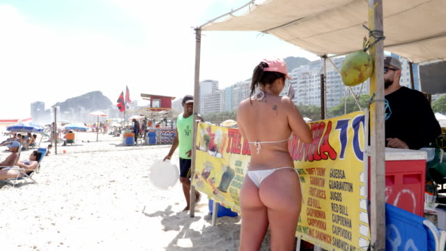 beverage booth at copacabana beach on november 27, 2019 in rio de janeiro, brazil - cachaça stock videos & royalty-free footage