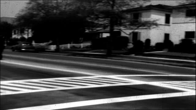 vidéos et rushes de beverly gardens apartments, 1950's - beverly hills
