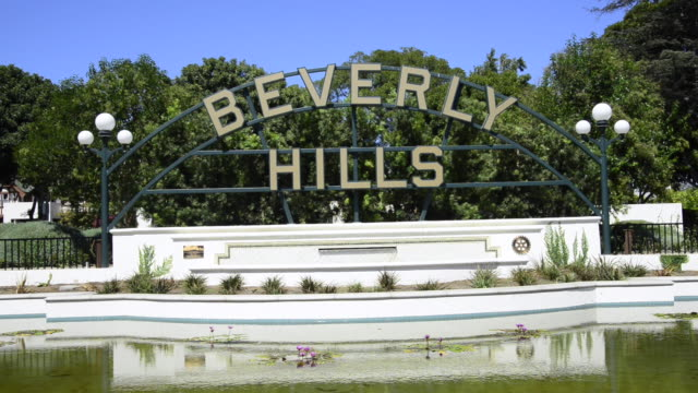 beverly hills sign - beverly hills stock videos & royalty-free footage
