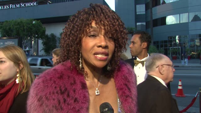 beverly todd on the event, playing the role of morgan freeman's wife, message of the film, and what's on her bucket list at the 'the bucket list'... - bucket list stock videos & royalty-free footage