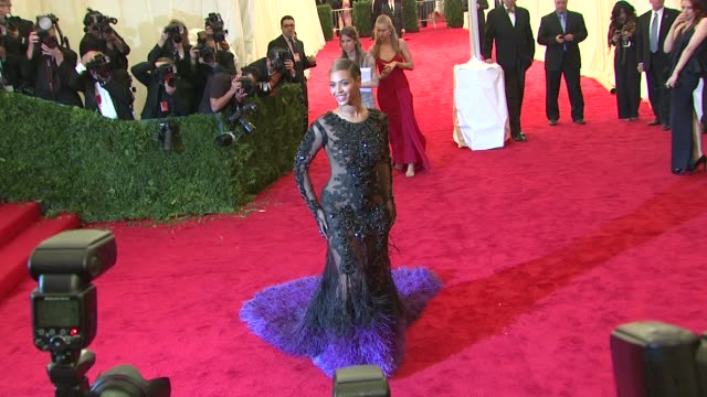 beyonce at schiaparelli and prada impossible conversations costume institute gala at metropolitan museum of art on may 07 2012 in new york new york - beyoncé knowles stock videos & royalty-free footage