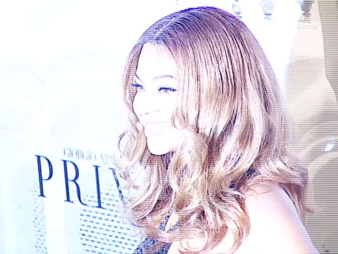 beyonce at the giorgio armani celebrates 'the oscars' with exclusive prive show at beverly hills california. - exklusiv stock-videos und b-roll-filmmaterial