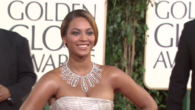 beyonce knowles at the 66th annual golden globe awards arrivals part 5 at los angeles ca. - golden globe awards stock videos & royalty-free footage