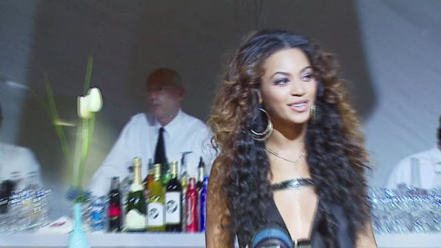 beyonce knowles at the sports illustrated swimsuit issue party at the pdc in los angeles california on february 14 2007 - sports illustrated swimsuit issue stock videos & royalty-free footage