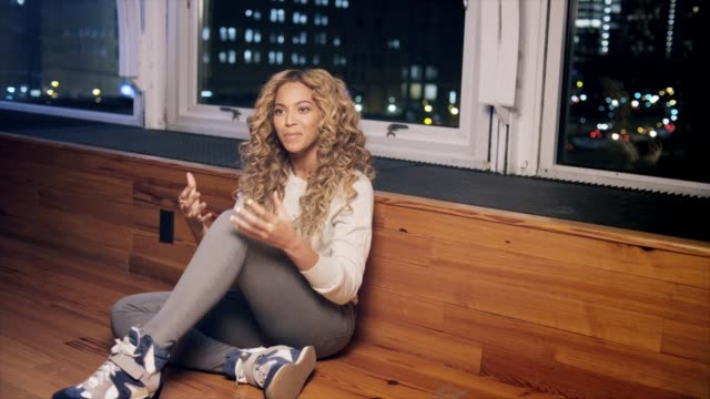 interview beyonce knowles carter on her mother a on april 08 2013 in london england - media interview stock videos and b-roll footage