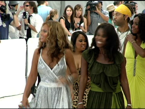 beyonce knowles kelly rowland and michelle williams of destiny's child at the 2005 mtv video music awards arrivals at american airlines arena in... - 2005 stock videos and b-roll footage