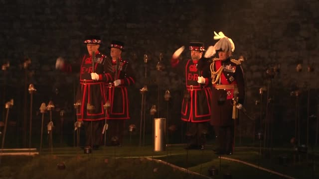 'beyond the deepening shadow: the tower remembers' installation at tower of london; england: london: tower of london: ext / night **music 'the last... - ehrengarde stock-videos und b-roll-filmmaterial