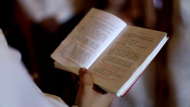 bibel - kanzel stock-videos und b-roll-filmmaterial