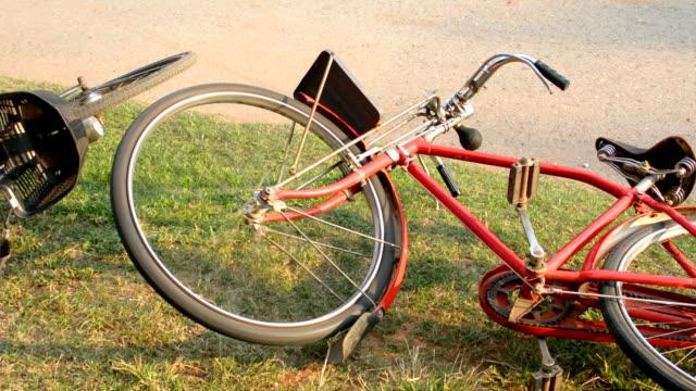 vidéos et rushes de accident de vélo - accident de transport