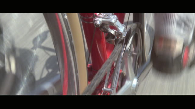 cu pov bicycle racer moving gear back and forth - pedal stock videos & royalty-free footage
