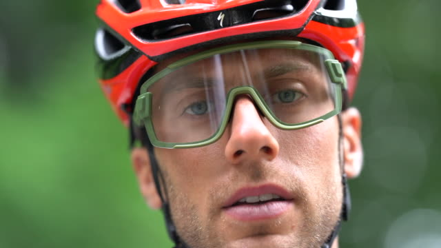 bicycle racing cyclist: concentration - concentration stock videos & royalty-free footage
