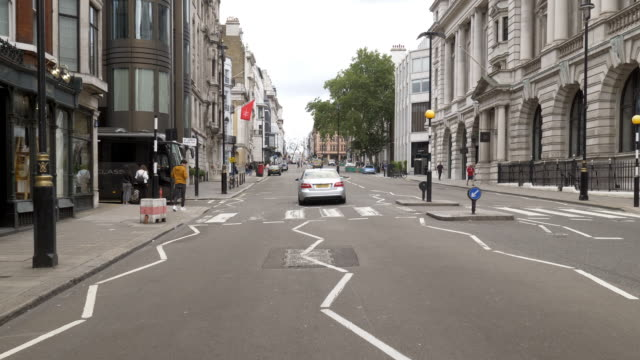 bicycle ride in london st james's street - shop window stock videos & royalty-free footage
