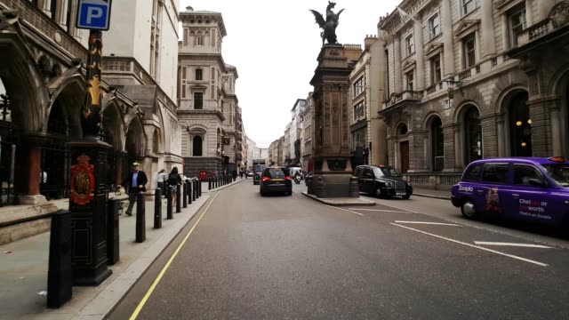 bicycle ride in london temple area - royal courts of justice stock videos & royalty-free footage