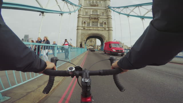 pov bicycle riding: commuter with road racing bike in london - wearable camera stock videos & royalty-free footage