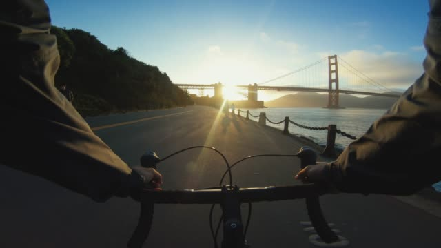 pov bicycle riding: commuter with road racing bike in san francisco - california street san francisco stock videos & royalty-free footage