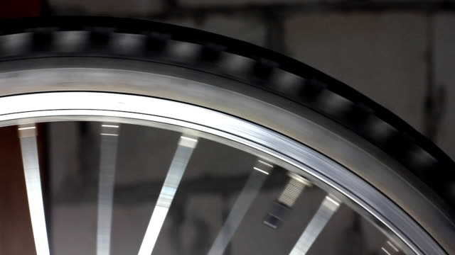 Bicycle tire rotating