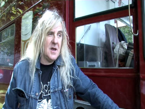 biff byford, saxon on how the audience were today at the sonisphere day two at stevenage england. - お祭り好き点の映像素材/bロール