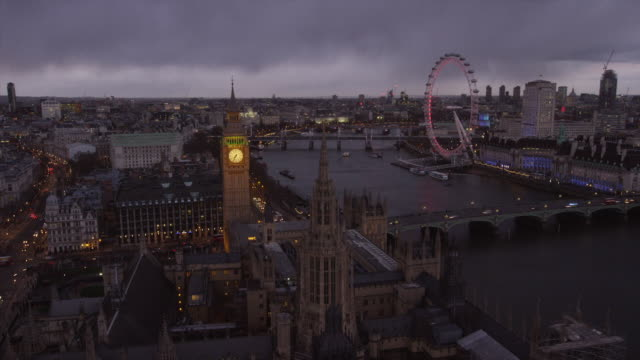 big ben and london eye evening timelapse - lambeth stock-videos und b-roll-filmmaterial