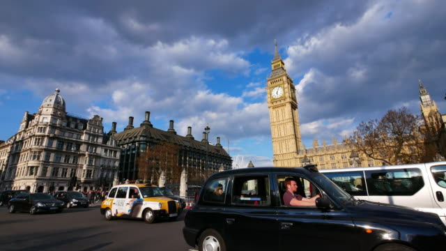 4K Big Ben und Trafalgar Square in London, Großbritannien