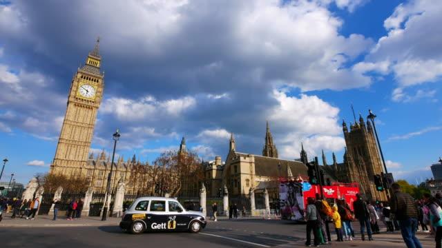 4K Big Ben and Trafalgar Square  in London, UK