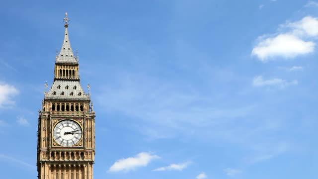 big ben, london, uk - time lapse. - big ben stock videos & royalty-free footage
