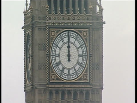 big ben strikes midday london 07 jul 06 - midday stock videos and b-roll footage