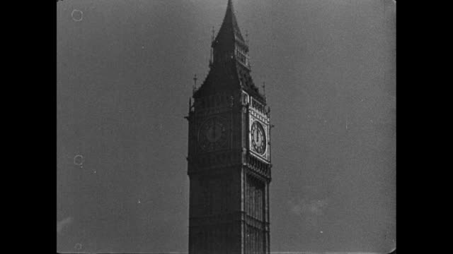 stockvideo's en b-roll-footage met la big ben's bells chiming / london, england, united kingdom - 1946
