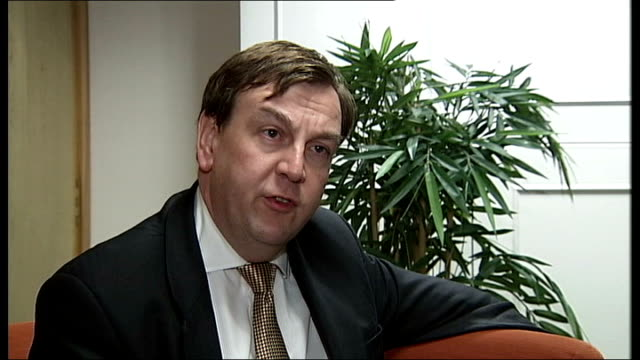 vídeos de stock, filmes e b-roll de 'big brother' programme racist bullying claims debate continues / sponsor pulls out london westminster int john whittingdale mp interview sot channel... - big brother