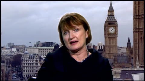 vidéos et rushes de 'big brother' programme racist bullying claims: debate continues / sponsor pulls out; england: london: int tessa jowell mp 2-way interview sot - let... - contestant
