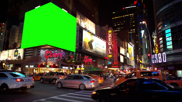 grande schermo verde chroma key vivace incrocio di new york - tabellone video stock e b–roll