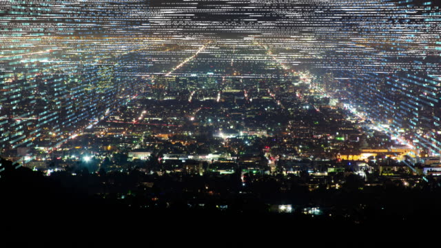 vídeos de stock, filmes e b-roll de expansão urbano da cidade grande com grades digitais da fita do ticker - grade padrão