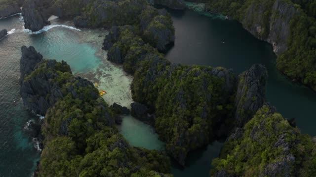 vídeos y material grabado en eventos de stock de big lagoon palawan - idyllic
