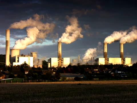 pal: big power plant - carbon monoxide stock videos & royalty-free footage