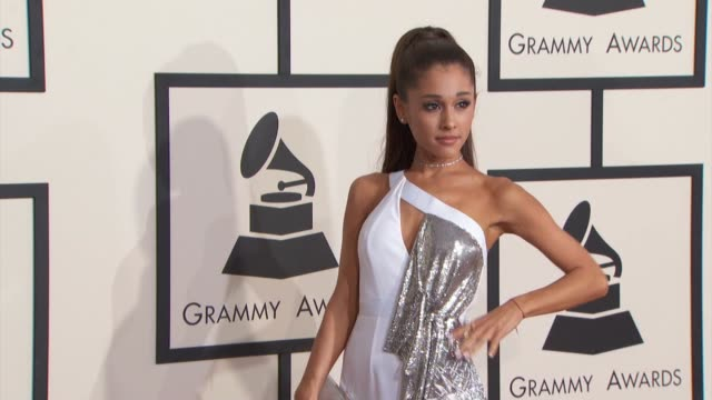 vídeos y material grabado en eventos de stock de big sean and ariana grande at the 57th annual grammy awards - red carpet at staples center on february 08, 2015 in los angeles, california. - 2015