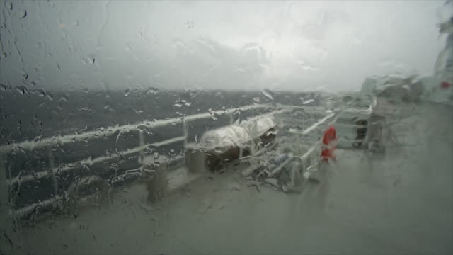 big vessel sailing in a rough sea - filmato non girato negli usa video stock e b–roll