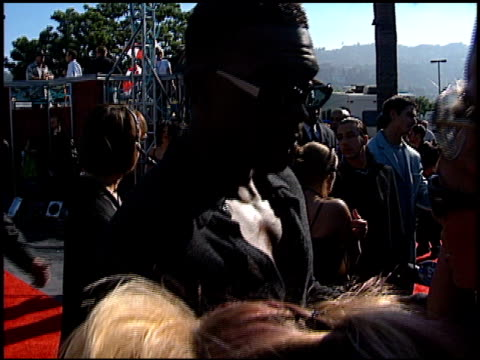 bill bellamy at the 1998 mtv video music awards entrances at universal amphitheatre in universal city california on september 10 1998 - bill bellamy stock videos and b-roll footage