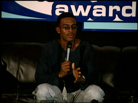 bill bellamy at the 1999 nickelodeon kids' choice awards at ucla in westwood california on may 1 1999 - bill bellamy stock videos and b-roll footage
