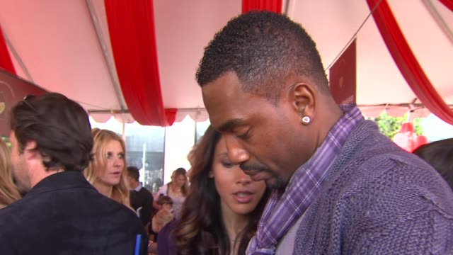 bill bellamy at the john varvatos 8th annual stuart house benefit at los angeles ca - bill bellamy stock videos and b-roll footage