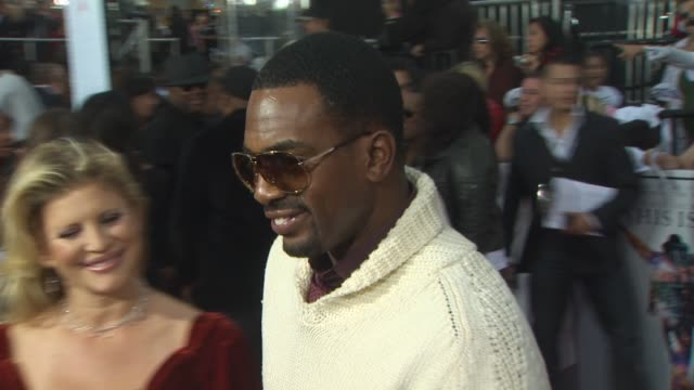 bill bellamy at the 'michael jackson's this is it' premiere at los angeles ca - bill bellamy stock videos and b-roll footage