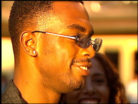bill bellamy at the premiere of 'the original kings of comedy' at paramount studios in hollywood california on august 10 2000 - bill bellamy stock videos and b-roll footage