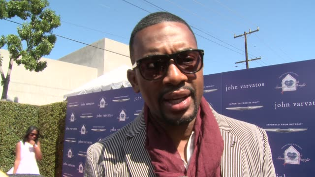 interview bill bellamy on being a part of the event at the john varvatos 10th annual stuart house benefit on 3/10/13 in los angeles ca - bill bellamy stock videos and b-roll footage