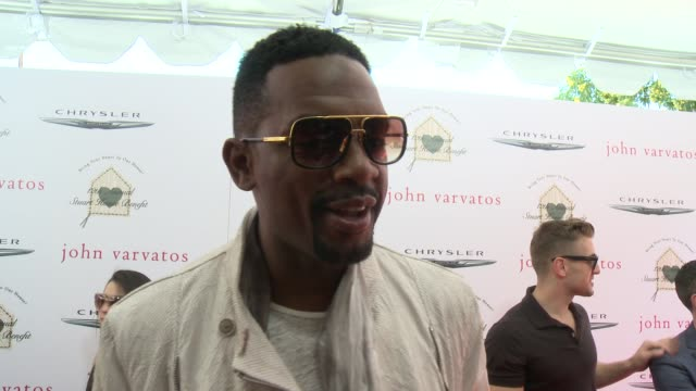 interview bill bellamy on the event and on john varvatos at the john varvatos 12th annual stuart house benefit with honorary chair chris pine hosted... - bill bellamy stock videos and b-roll footage