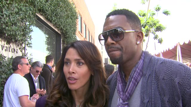 bill bellamy on the event and the clothing at the john varvatos 8th annual stuart house benefit at los angeles ca - bill bellamy stock videos and b-roll footage