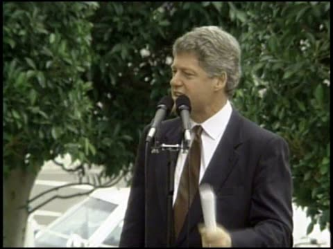 vídeos de stock e filmes b-roll de bill clinton on his plan for the us during the 1992 presidential campaign. - 1992