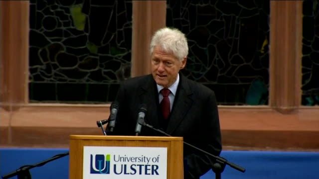 bill clinton speech on peace process; clinton speech sot - on how nelson mandela admitted to having hated those who kept him in prison on his walk to... - prisoner education stock videos & royalty-free footage