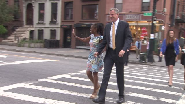 bill de blasio and wife chirlane mccray vote on mayoral primary election day. bill de blasio and wife walk to voting location on september 10, 2013... - mixed race person stock videos & royalty-free footage